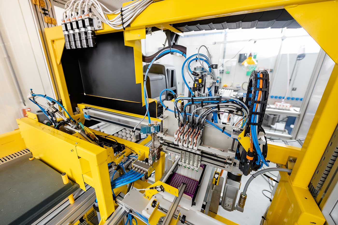 In Ovo machine sampling system